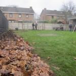 met compost en bladeren afdekken, zo is t netjes (net zoals moeder natuur dat doet)